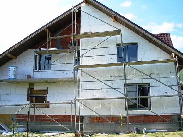 De ce este necesar izolarea unei case cu polistiren for Design exterior fatade case