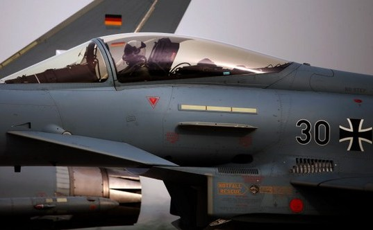 Avion de luptă german Eurofighter Typhoon.