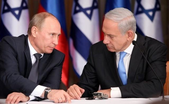 Preşedintele rus Vladimir Putin (st) şi premierul israelian Benjamin Netanyahu.
