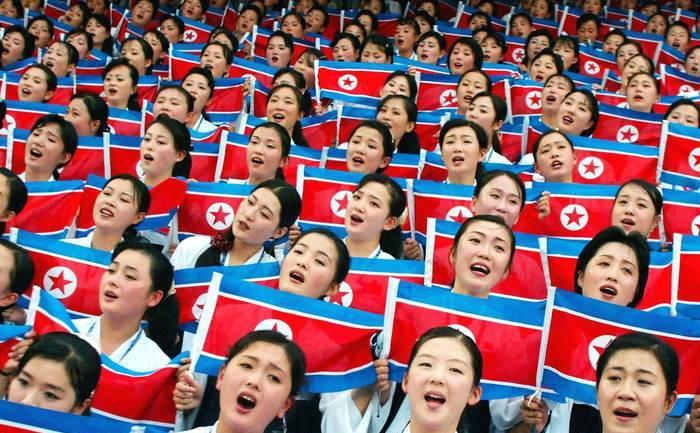 Cântând ode preaiubitului conducător, Coreea de Nord