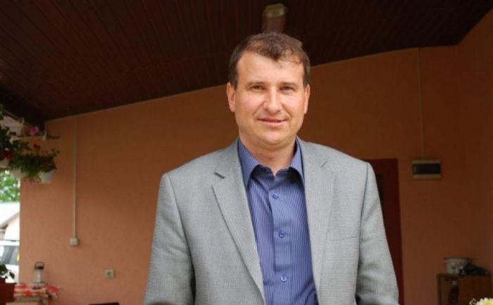 Primarul Costel Nazare