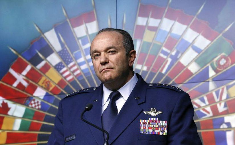 Chỉ huy tối cao của NATO ở châu Âu, Tướng Philip Breedlove. (Ảnh chụp màn hình)