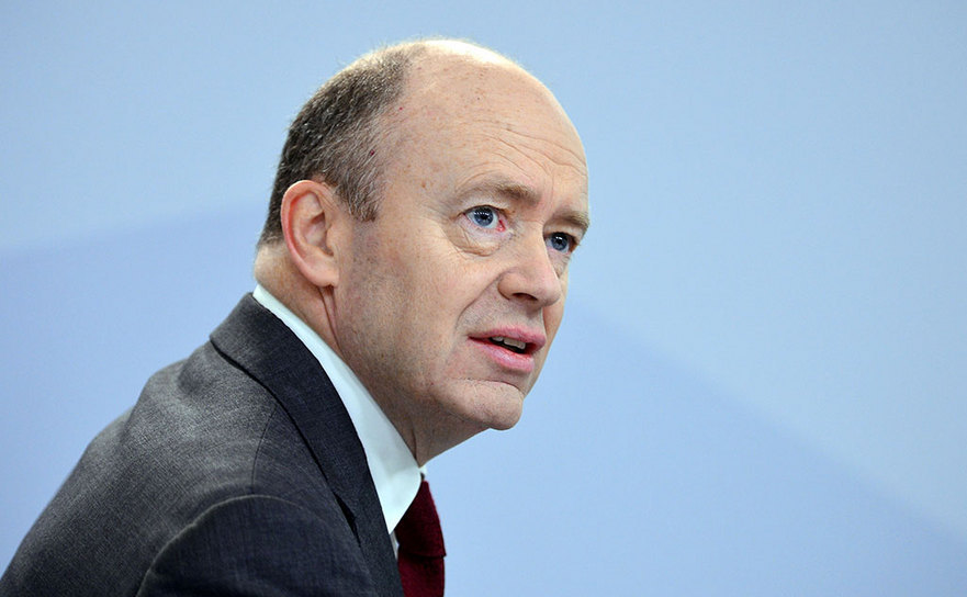 Directorul general al Deutsche Bank, John Cryan.
