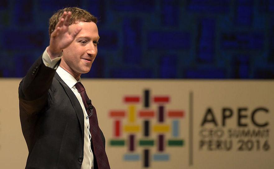 Mark Zuckerberg, CEO al Facebook, la CEO Summit în cadrul conferinţei Asia-Pacific Economic Cooperation din Lima, 19 noiembrie 2016