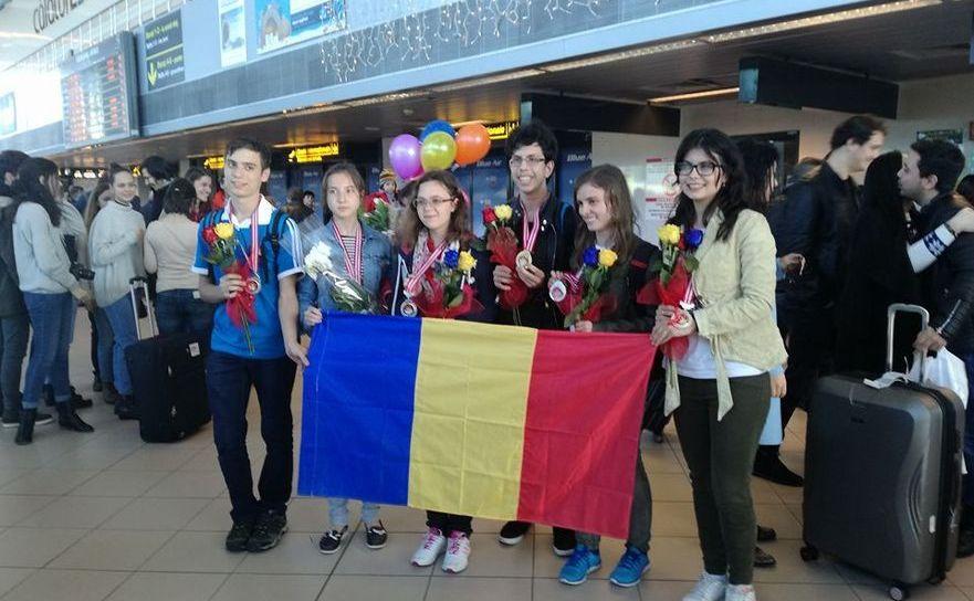 Elevii români, olimpici la Olimpiada Internaţională de Ştiinţe pentru juniori, Bali, Idonezia, 2016.
